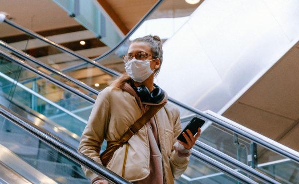 EE. UU. pedirá pruebas COVID para visitantes internacionales